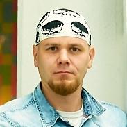 Павел Комяков